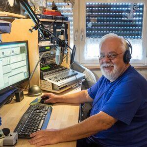 Ich komme am Sonntag im Webradio – bei Diskjockey Haui